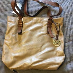 MICHAEL KORS Handbag (tan)